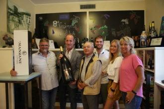 vendemmia solidale_la famiglia Balbinot con il governatore Veneto Luca Zaia
