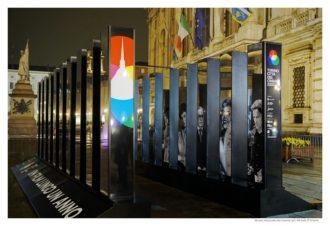 Installazione Piazza Castello (TO) - cinema 2020 - Museo Nazionale del Cinema - Foto di Michele d'Ottavio