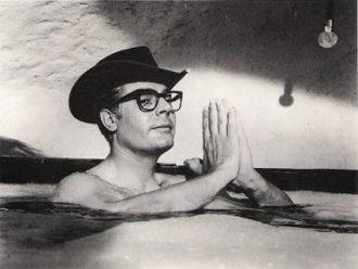 Federico-Fellini-in
