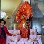 Uovo-gigante-Villa-Giulia-con-la-dott.ssa-Ivonne-Capelli-cop