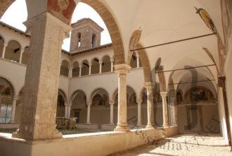Chiostro Sant'Oliva