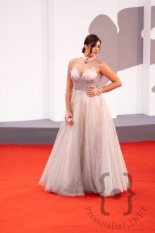 Irene Antonucci in Vivien Luxury - Gioielli Marcella Conte - Best Color Make Up